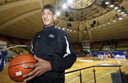 Meet trailblazer Satnam Singh: first Indian to be picked by an NBA team