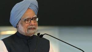 Dr. Manmohan Singh presents Indira Gandhi Prize for Peace to ISRO