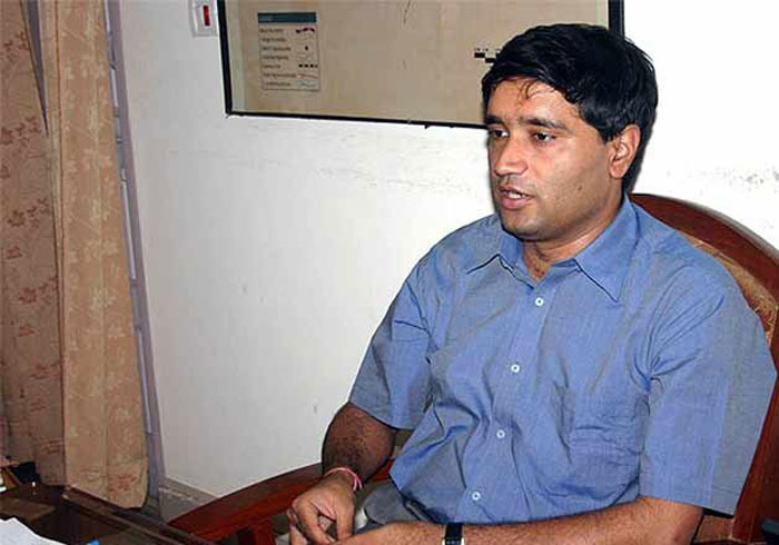 Who is Magsaysay winner Sanjeev Chaturvedi and why he is disappointed with the Modi govt