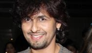 Keep your 10 lakhs ready Maulvi, I am shaving my head: Sonu Nigam