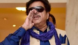 #MeToo: Shatrughan Sinha defends his controversial comment upon his 'deeds and women', Khamosh's trolls