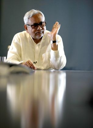Seat-sharing: Bihar's grand alliance sends out strong message of unity