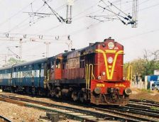 Molestation in moving train: Couple jumps off train, holding 10-month old daughter in arms