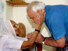PM Modi gets emotional while talking about his mother at the Facebook campus