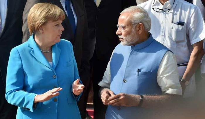 Merkel and CEOs greeted with special lunch by PM Modi to woo investors