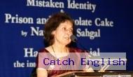 Why did Nayantara Sahgal return her Sahitya Akademi Award?