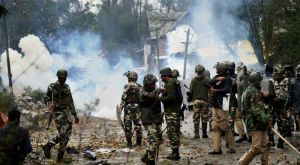 Anantnag witnesses clashes between police and protesters; Yasin Malik arrested