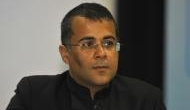 Chetan Bhagat made an April Fool's tweet saying 'joining Congress'; here's how puzzled Twitterati reacted
