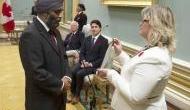 कनाडा में रक्षा मंत्री हरजीत सज्जन के कार्टून को लेकर सिख समुदाय में गुस्सा