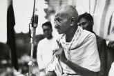 गांधी की पुण्यतिथि और गोडसे पर किताब
