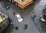 चेन्नई बाढ़: पटरी से उतर सकती है देश की अर्थव्यवस्था