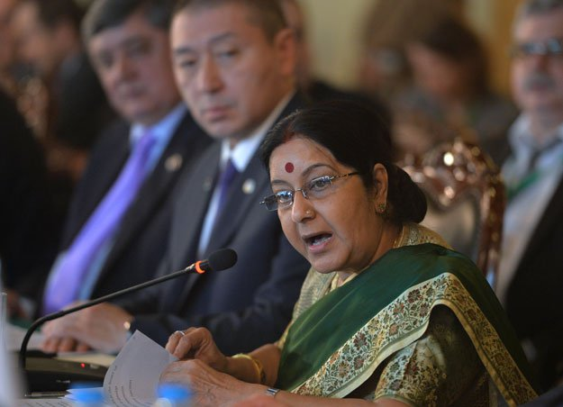 #DigitalDiplomacy: Want to be a Twitter superhero? Sushma Swaraj can help you with that