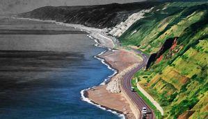सागर में सड़क बनाकर आपदा को न्योता