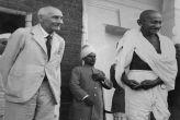 #MahatmaGandhi गांधीजी जिंदाबादः फैज़ अहमद फैज़