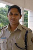 Made to wait on call for few seconds, Karnataka minister transfers senior female cop