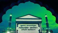 एचआरडी ने पूछा, क्या पांडिचेरी युनिवर्सिटी का इस्लामीकरण हो रहा है?