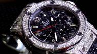 कर्नाटक के सीएम के गले पड़ी 70 लाख की कलाई घड़ी