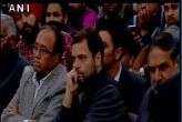 राहुल का जेएनयू में विरोध, एबीवीपी ने दिखाये काले झंडे
