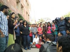 #JNURow: Students rally behind Umar and all other 'anti-national' students