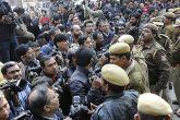 मीडिया की मंडी में सबसे बड़ा रुपैय्या