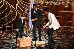 #OscarsSoWhite tries its best by giving us many token black presenters