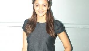 Alia Bhatt goes gadget free