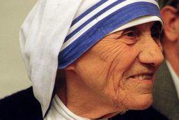 पोप फ्रांसिस की लगी मुहर, मदर टेरेसा को मिलेगी संत की उपाधि