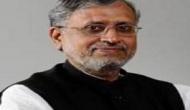 बिहार: उपमुख्यमंत्री सुशील मोदी के काफिले पर पथराव, बाल-बाल बचे
