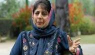 जम्मू-कश्मीर: महबूबा मुफ्ती ने सीएम पद से दिया इस्तीफा, 4 बजे बुलाई मीटिंग