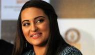 Sonakshi Sinha urges fans to clean Mumbai beaches