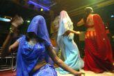 मुंबई: डांस बार में बालाओं को छूने पर हो सकती है 6 महीने की जेल