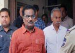 हैदराबाद युनिवर्सिटी: प्रदर्शनकारियों ने कैंपस गेट तोड़ा, 70 छात्र हिरासत में