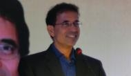 Its not just cricket, Harsha Bhogle likes to comment about politics as well; Here's what he said