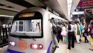 दफ़्तर से निकले मेट्रो में अटके: Busy ब्लूलाइन पर 'बाज' का Attack