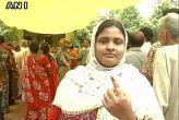 पश्चिम बंगाल: दूसरे चरण का मतदान समाप्त, दोपहर 3 बजे तक 70 फीसदी वोट पड़े