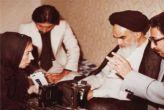 सुषमा स्वराज ने ओढ़ लिया जबकि एक पत्रकार ने ख़ुमैनी के सामने उतार दिया था हिजाब
