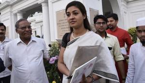 पूर्व PM राजीव गांधी के 'भारत रत्न' की वापसी की मांग का किया विरोध तो केजरीवाल ने अलका लांबा से लिया इस्तीफा