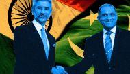 विदेश सचिव मुलाकात: बात कम दिखावा ज्यादा कर रहा है पाकिस्तान
