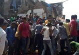 मुंबई में दो मंजिला इमारत गिरने से तीन की मौत