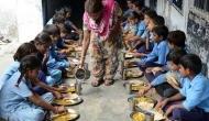मध्य प्रदेश: मिड-डे मील में निकली छिपकली, 8 बच्चे अस्पताल में भर्ती