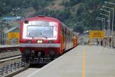 पुलवामा मुठभेड़: श्रीनगर और बनिहाल के बीच ट्रेन सेवा निलंबित