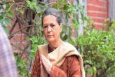 सोनिया गांधी को आरटीआई का जवाब नहीं देने पर नोटिस