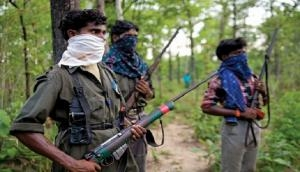 Odisha: Naxals kill youth, torch vehicles in Malkangiri