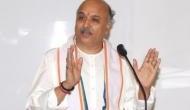तोगड़िया का पीएम मोदी पर निशाना- दो सिर के बदले पाकिस्तान के 50 सिर लेने चाहिए