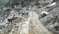 उत्तराखंड: चकराता में चट्टान खिसकने से 10 लोगों की मौत