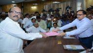 राज्यसभा चुनाव: रामगोपाल यादव की मौजूदगी में अमर सिंह ने भरा पर्चा