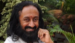 Sri Sri Ravi Shankar backs Jallikattu, calls for respecting people's faith