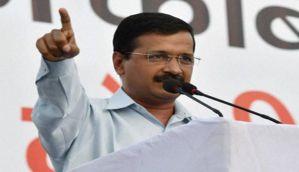दिल्ली: केजरीवाल सरकार को झटका, 21 आप विधायकों की सदस्यता पर संकट