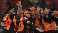 आईपीएल: कोलकाता बाहर, हैदराबाद-गुजरात में फाइनल के लिए टक्कर