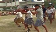 वीडियो: अयोध्या के बाद नोएडा में बजरंग दल का शौर्य प्रशिक्षण शिविर
